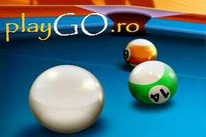 Joaca 8 Ball Pool Multiplayer online