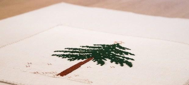 [:en]Liebevolle Kreuztichentwurfe Tannenbaum