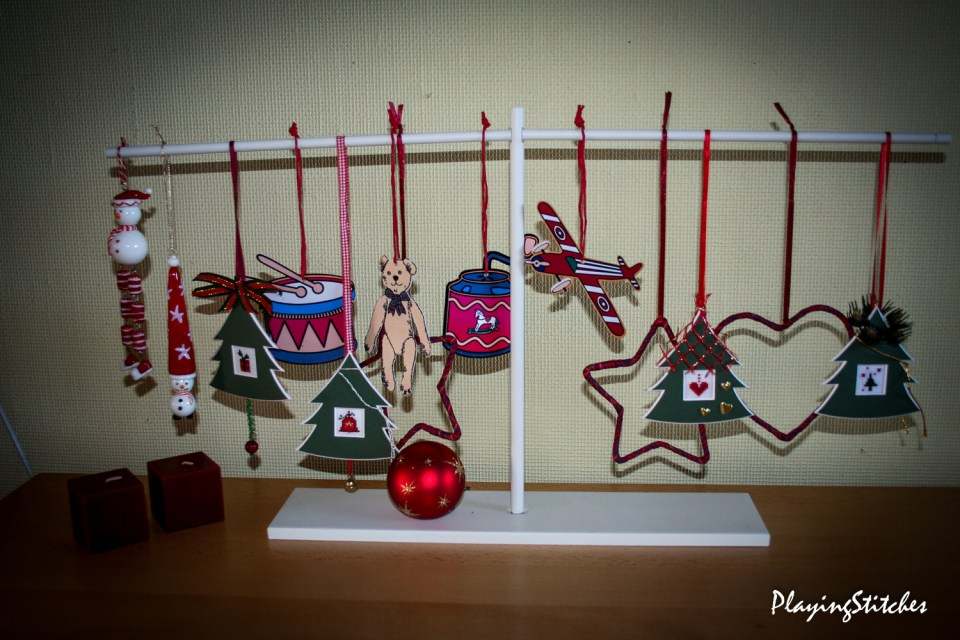 Christmas decoration PlayingStitches-1