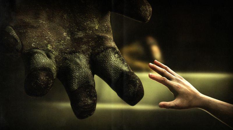 bioshock hands