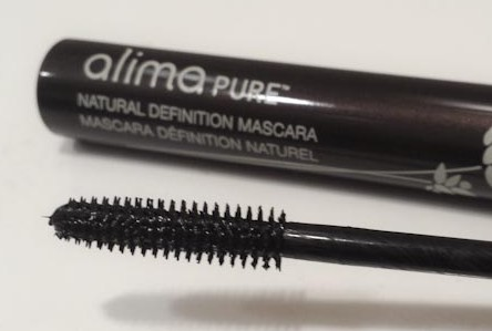 Voluminous Lashes with Alima Pure Natural Definition Mascara