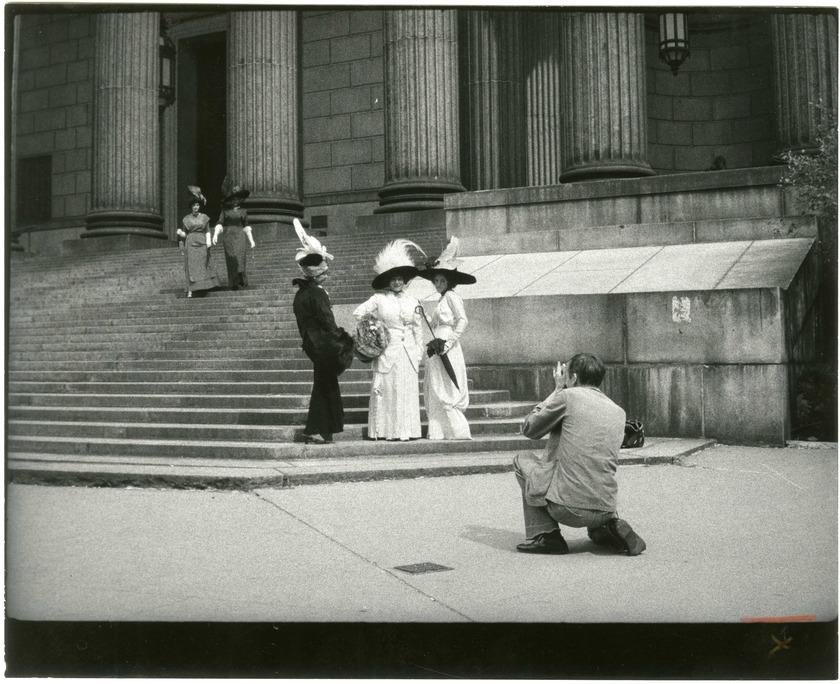 Facades: Bill Cunningham, Legendary Street Fashion Photographer