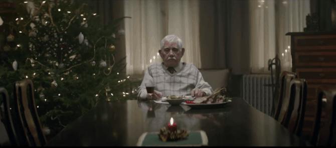 Personas mayores, soledad y fiestas.