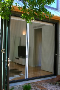 Retractable Screen and French Door Screen