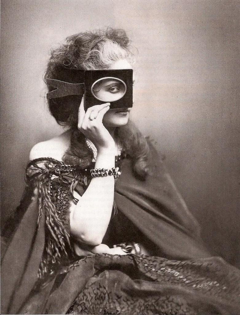 Scherzo di Follia (1861 - 1867) - Virginia de Castiglione par Pierson