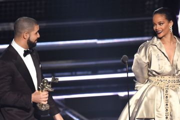 Drake. Rihanna. Vanguard Award. MTV. VMAs. Cúsica Plus