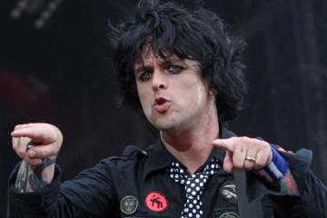Billie Joe Armstrong. Ordinary World. Protagonista. Tráiler. Green Day
