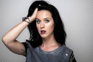 Katy Perry. Respuesta en Twitter. Nuevo álbum. Cúsica Plus