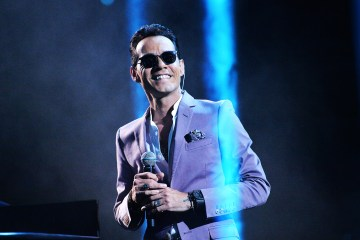 Marc Anthony fue homenajeado por sus amigos en la entrega del premio Person of the Year del Latin Grammy. Cusica Plus