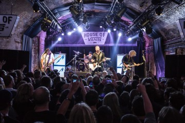Mira a Metallica celebrar el lanzamiento de 'Hardwired… to Self-Destruct', en el House of Vans de Londres. Cusica Plus