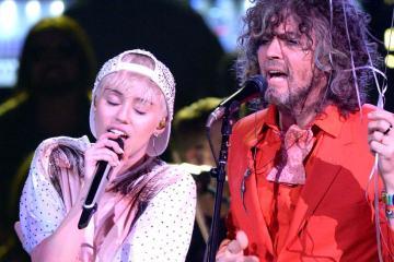 The Flaming Lips presentan un nuevo tema junto a Miley Cyrus. Cusica Plus