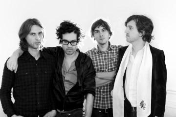 Phoenix anuncia gira y adelanta nueva música. Cusica plus