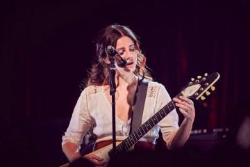 Lana del Rey vuelve a presentarse en vivo en el SXSW. Cusica plus