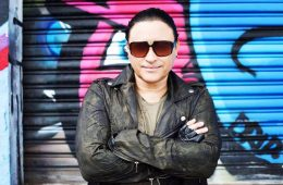 "Elvis Crespo junto a Los Ilegales presenta videoclip para ""Guayo"". Cusica plus"