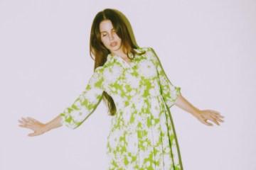Lana del Rey comparte extracto de nueva canción que habla sobre la paz. Cusica plus