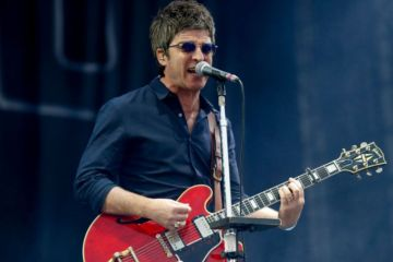 Noel-Gallagher-Cusica-Plus