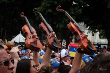 musicos-artistas-por-la-vida-cusica-plus-40
