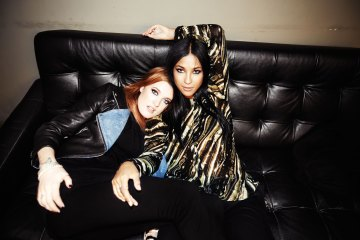 "Icona pop sigue haciendo música y lanzó ""Girls Girls"". Cusica plus."