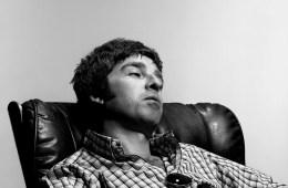 Noel-Gallagher-Cusica-Plus