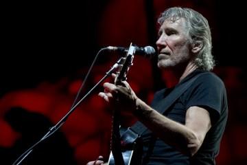 """Roger Waters recuerda la crisis de Siria con el vídeo de """"Wait For Her"""". Cusica Plus."""