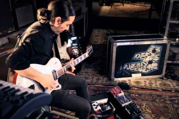 "Dhani Harrison debuta como solista con ""All About Waiting"". Cusica Plus."