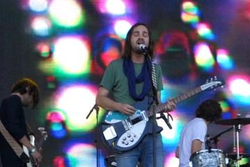 "Tame Impala se presenta su ""Love/Paranoia"" en el programa de Jimmy Fallon. Cusica Plus."