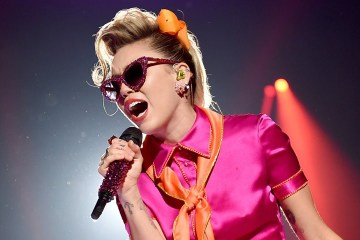 Miley Cyrus reveló el tracklist de su disco 'Younger Now' . Cusica Plus.