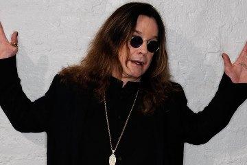 Ozzy Osbourne está trabajando en su nuevo disco de estudio. cusica plus.