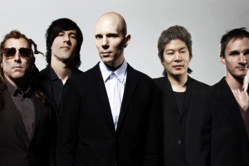 "A Perfect Circle estrenó ""The Doomed"". Cusica plus."