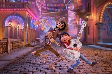 Miguel y Natalia Lafourcade estrenan sencillo para la cinta 'Coco'. Cusica Plus.