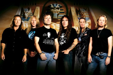 "Angry Birds le rinde tributo a Iron Maiden con ""Eddie The Bird"". Cusica Plus."