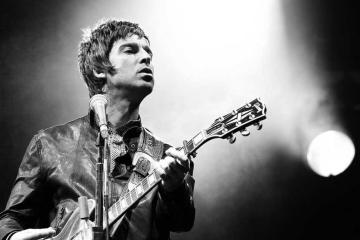 "Noel Gallagher mezcla el Rock Psicodélico y britpop en ""Fort Knox"". Cusica Plus."