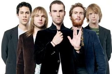 Jimmy Fallon y Maroon 5 se fueron a tocar al metro de Nueva York. Cusica Plus.