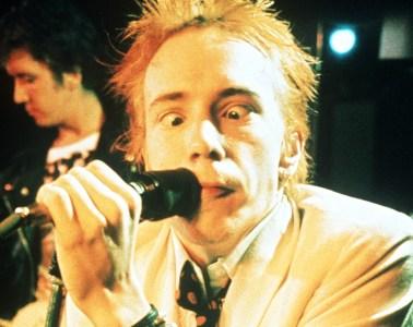Johnny Rotten-sex-pistols-cusica-plus