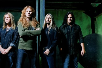 "Megadeth está preocupado por el fin de occidente en ""Lying In State"". Cusica Plus."