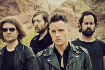 "The Killers toca ""Wonderwall"" luego de que Liam Gallagher tuviese que cancelar su concierto. Cusica Plus."
