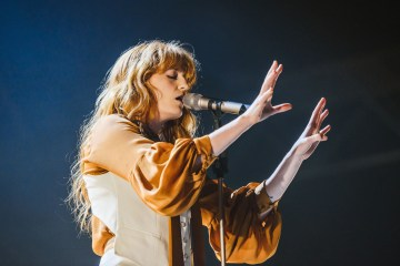 "Florence + The Machine lleva ""Hunger"" al programa de Jimmy Fallon. Cusica Plus."