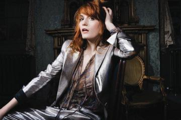 Florence + The Machine nos regalan una versión de Fleetwood Mac. Cusica Plus.