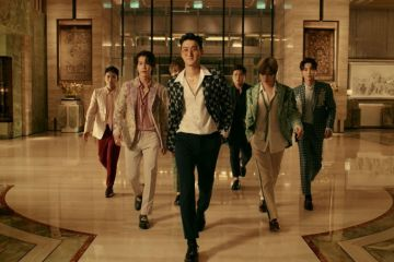 "Escucha la rara fusión del K-pop de Super Junior y lo latino de Reik en el tema ""One More Time"". Cusica Plus."