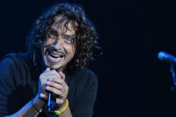 Realizarán concierto tributo a Chris Cornell, con la participación de Foo Fighters, Metallica y Ryan Adams. Cusica Plus.