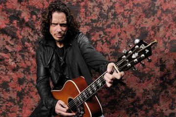 Ve varias presentaciones del concierto homenaje a Chris Cornell. Cusica Plus.