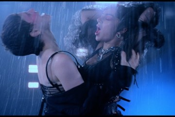 "Charli XCX y Christine and the Queens se unen en el nuevo tema ""Gone"". Cusica Plus."