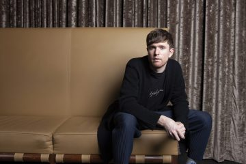James Blake estrena videoclip de su sencillo 'Can´t Believe The Way We Flow'. Cusica Plus.