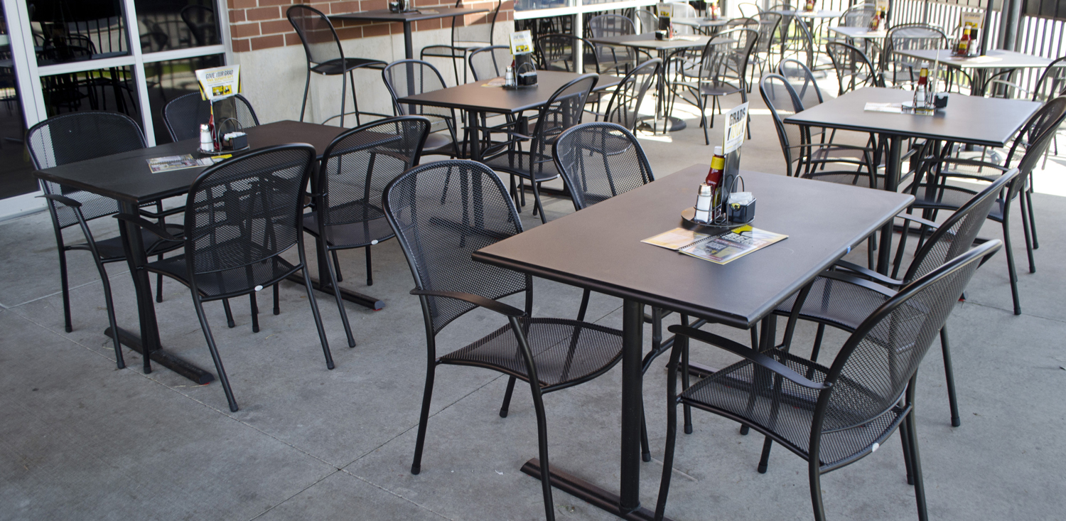 Metal Table Commercial Outdoor Dining Furniture Outdoor Restaurant Furniture