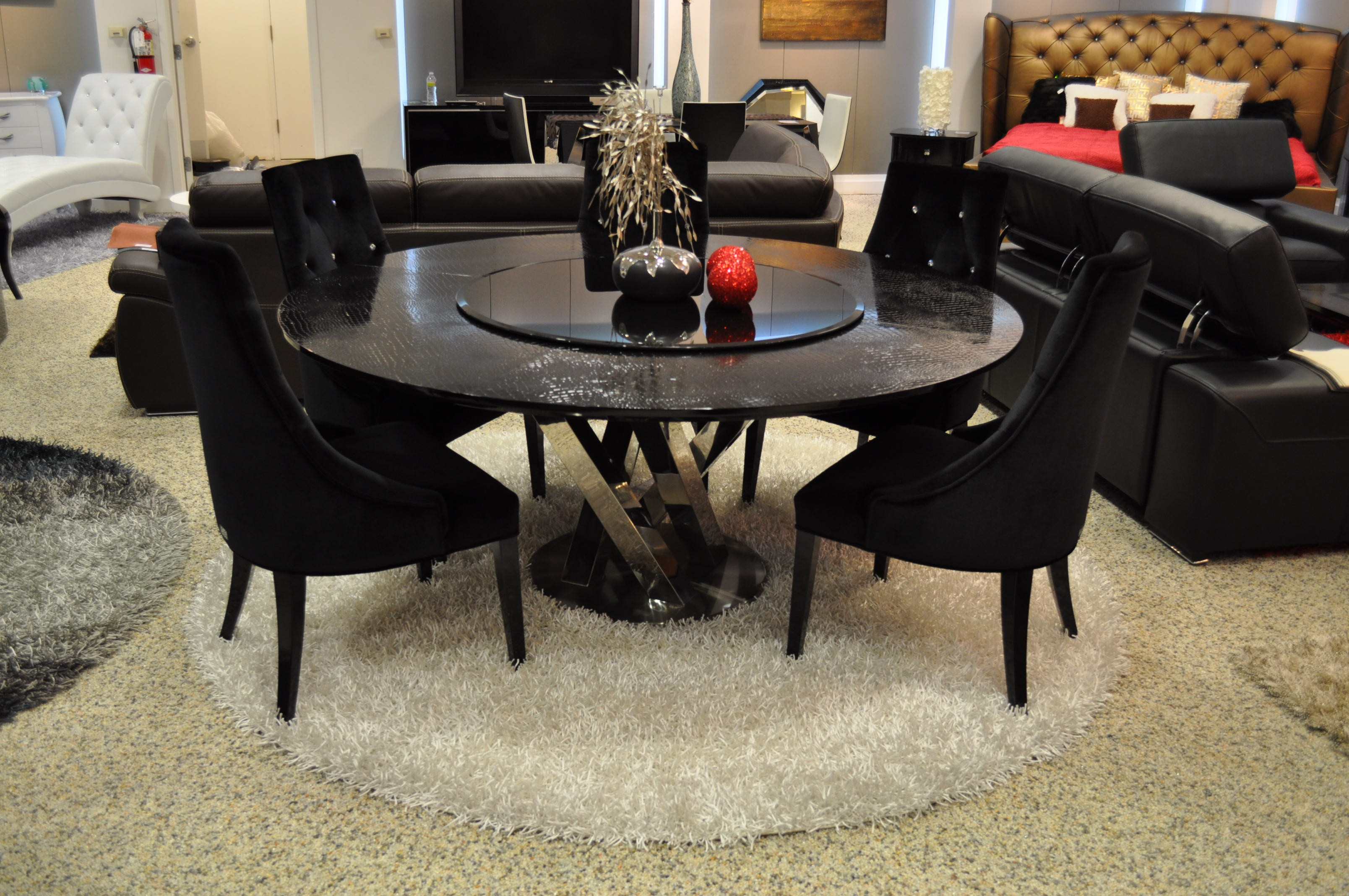 Cheap Furniture Calgary 30 Eyecatching Round Dining Room Tables Design Ideas For