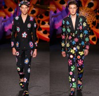 moschino-2017-spring-summer-los-angeles-men-fashion-60s ...