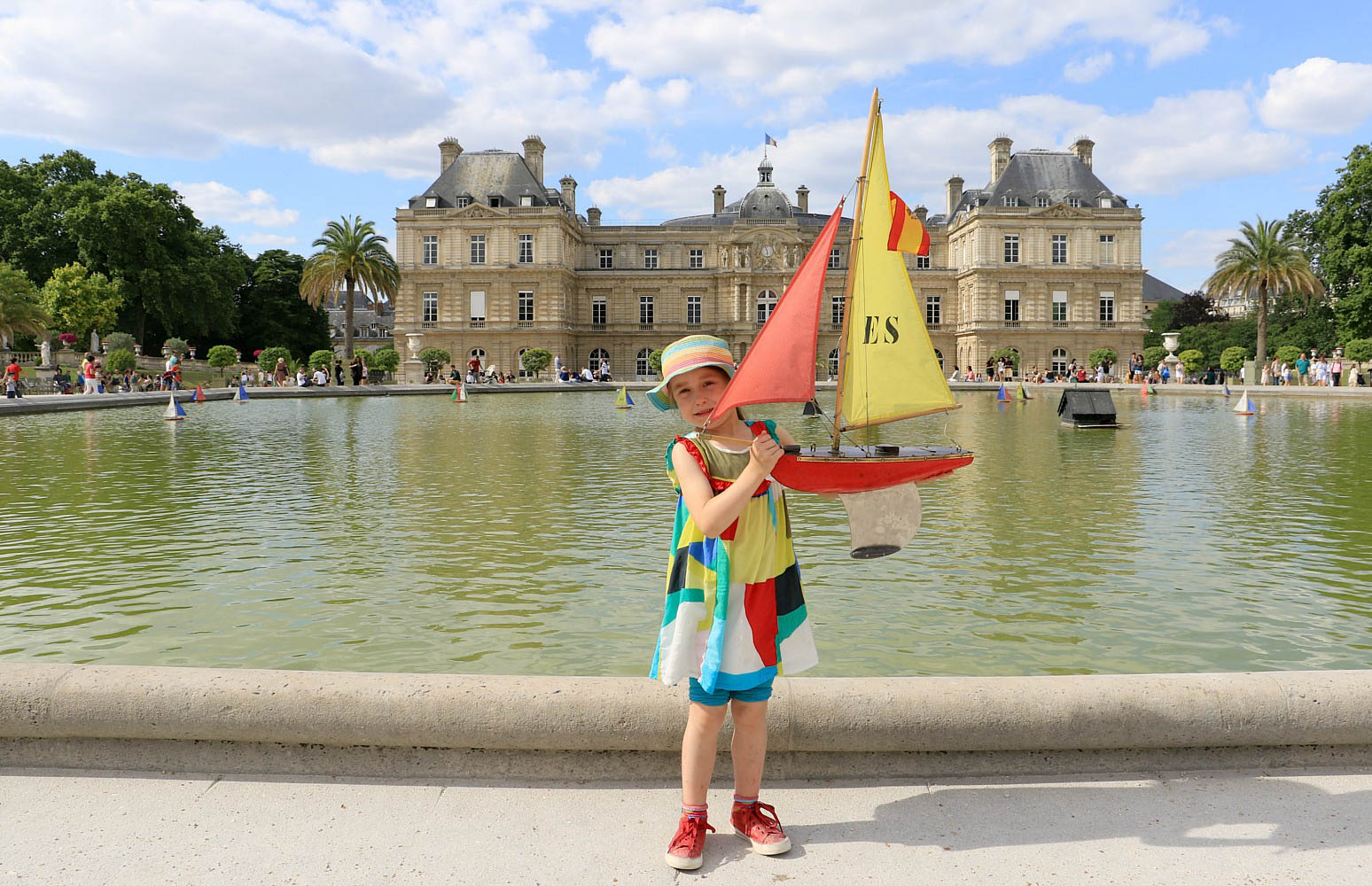 But Jardin Sailing Boats At Le Jardin De Luxembourg Pod Travels