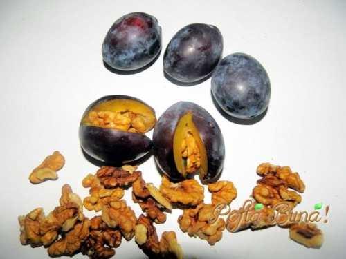 dulceata-de-prune-umplute-cu-nuci-migdale-pofta-buna-gina-bradea (2)