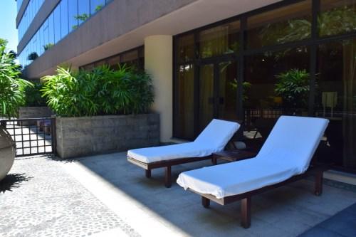 Trip report review intercontinental hong kong patio for Outdoor furniture hong kong
