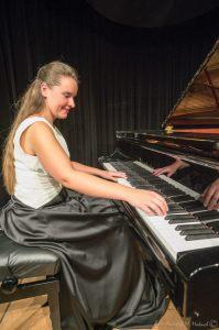 Izabela Jutrzenka-Trzebiatowska